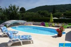 Прекрасный уличный бассейн семейства Desjoyaux